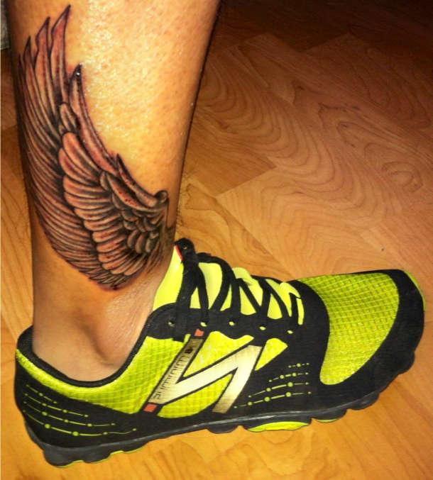 Skrzydło Tatuaż Nad Kostką