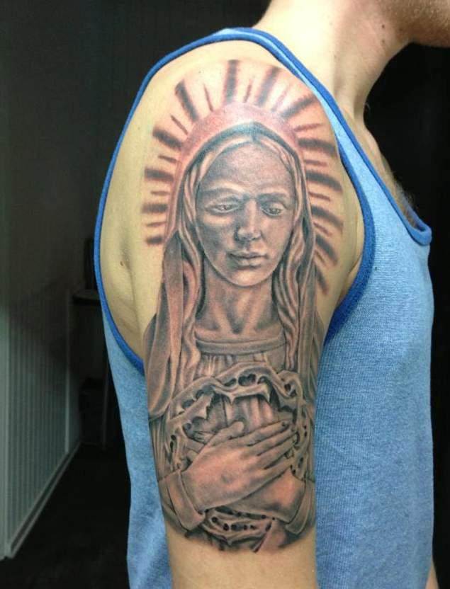 Matka Boska Tatuaż Na Ramieniu