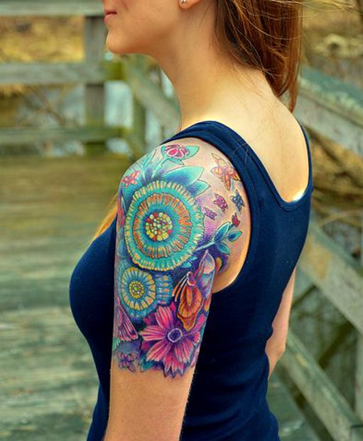 Kolorowe Tatuaże Kwiaty Na Ramieniu