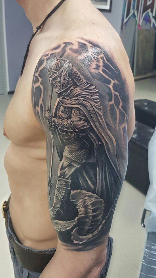 Samuraj Tatuaż Na Ramieniu