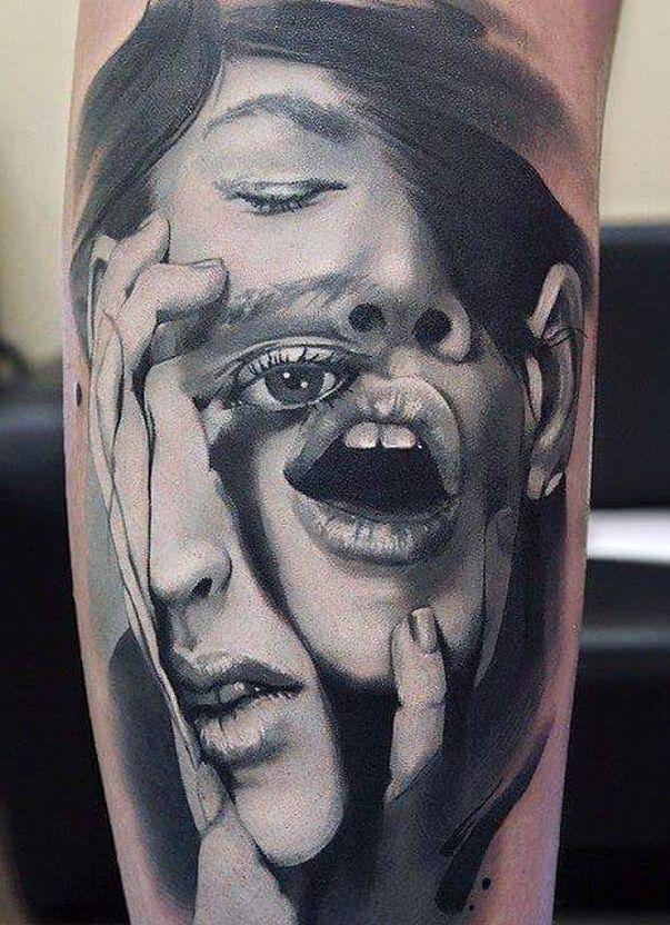 Dwie Twarze Tatuaże