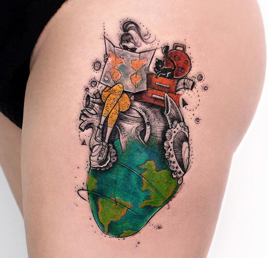 Travel piece with a girl tattoo