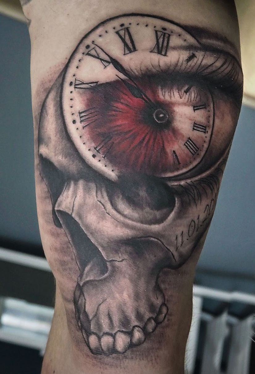 skull clock tattoos design