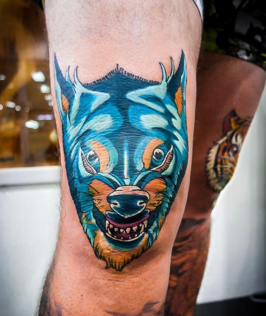 Tatuaż Na Kolanie