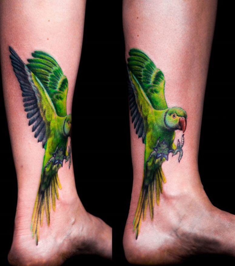 Zielona Papuga Tatuaż Na Stopie