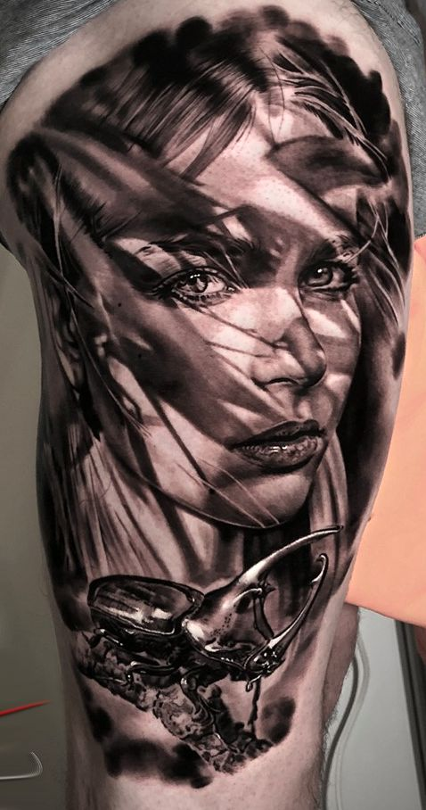 girl face tatto for men