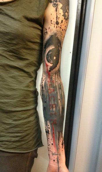 Tatuaż Na Całej Ręce Z Okiem Olan